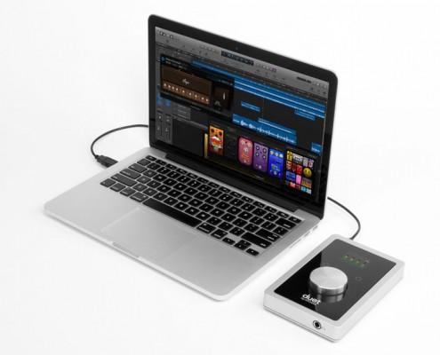 Apogee Duet for iPad and Mac Apple MacBook Air Logic Pro