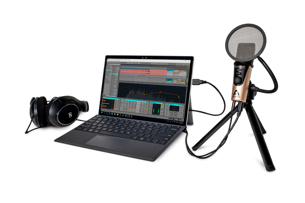 Apogee-HypeMiC-SurfacePro-Headphones-Live-Tripod