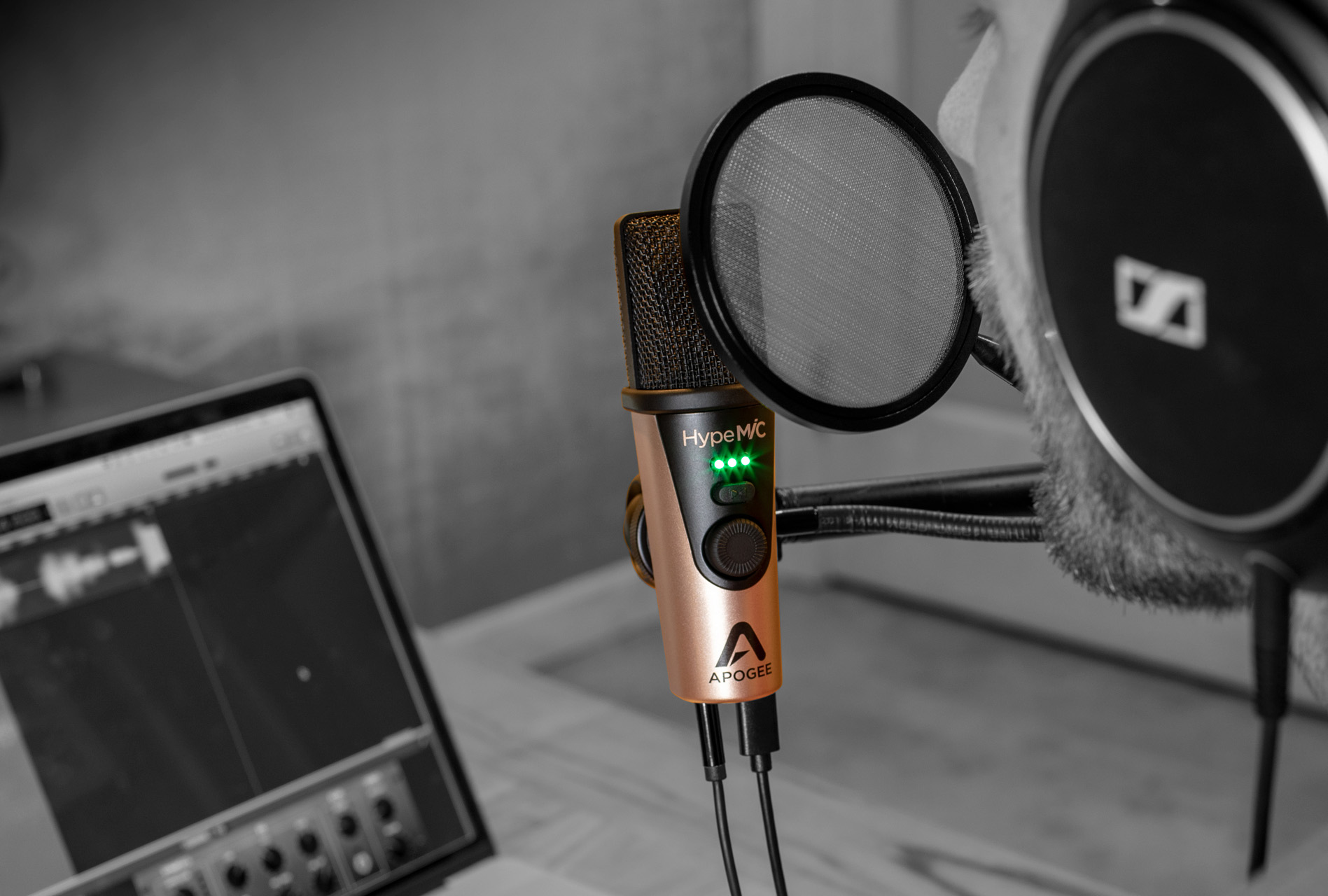 HypeMiC USB Microphone with analog compressor - Apogee